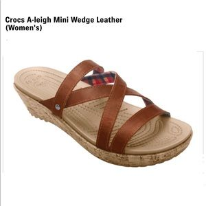 CROCS brown strappy A-Leigh wedge sandals size 10